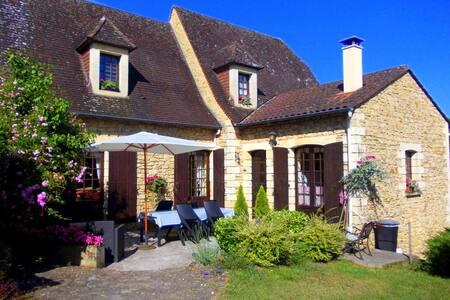 La Cachette B&B near Sarlat - Groléjac - Bed & Breakfast