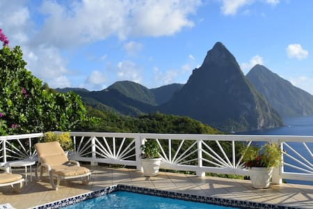 Slip away from snow to snorkel in sunny St Lucia! - Villa