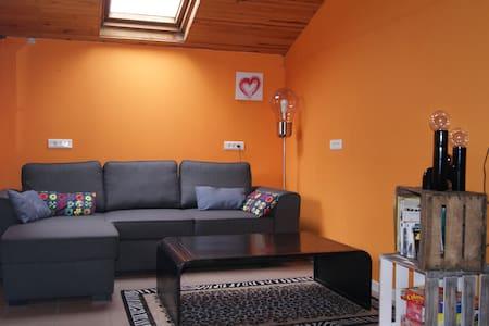Maisonnette 2/3 pers avec terrasse - Chalet