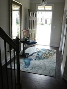 Beautiful Townhouse in Smyrna - Smyrna - Townhouse