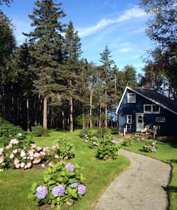 Seaside Cottage on the Bay of Fundy - Centreville - Chalet
