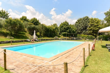 Pool apartment in the Spoleto countryside - Croceferro - Wohnung