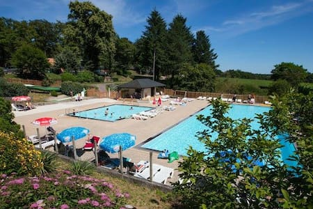 Chalets at Camping Le Verdoyer Dordogne 4 stars !! - Champs-Romain