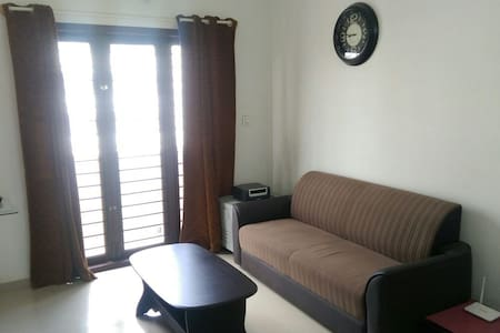A cozy furnished 1bhk flat - Lakás