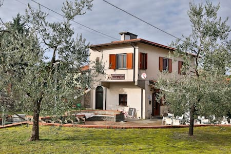Affittacamere a Montemarcello,vicino alle 5 Terre - Bed & Breakfast