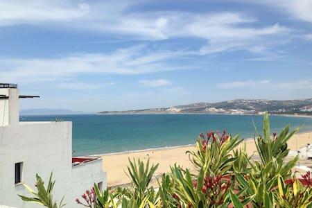 Bel Appartement sur la Corniche Playa (Rooftop) - Apartmen