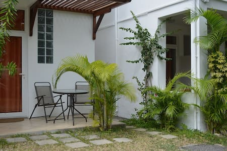 Cosy studio near Pereybere Beach - Grand Baie - Appartement
