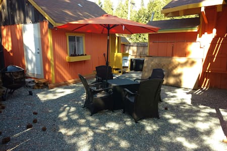 2 miles to Pinecrest Lake! - Pinecrest - Chalet