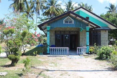 Homestay Kelayang Wisata - Haus