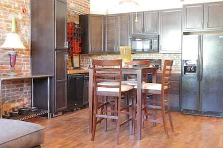 Beautiful Unit close to everything downtown Denver - Denver - Loft
