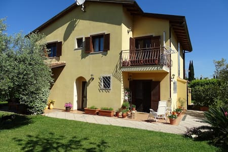 B&B LA DOLCE VITA 2 - Bed & Breakfast