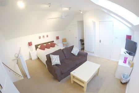Comfortable apartment near Jesus Green - Cambridge - Apartment
