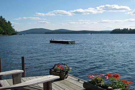 Camp Eagle View - Upper Saranac Lake Waterfront - Ház