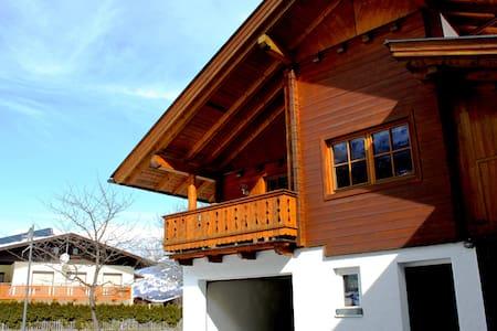gemütliches Haus in Lavant - Ház