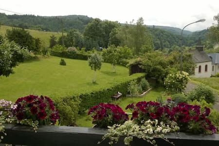 Eifel Bed & Breakfast met uitzicht - Bed & Breakfast