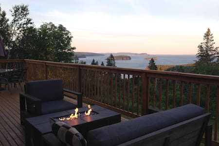 Ocean View Cottage Rental - Parrsboro - Chalet