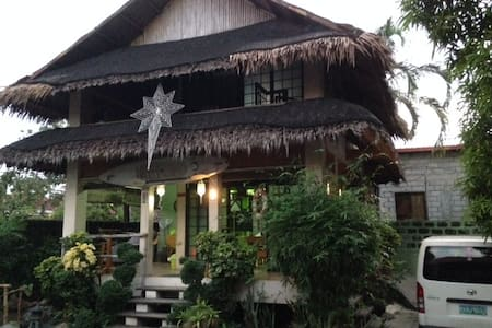 Modern Philippine kubo - Casa