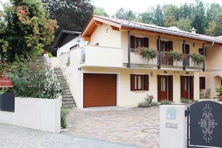 """Ferienwohnung 3 """"Casa Monticello"""" - Bad Reichenhall"""