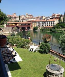 Beautiful Room in front of Ponte Vecchio - Apartment