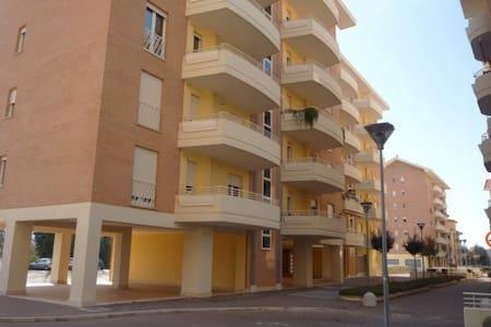 Appartamento in centro città - Leilighet