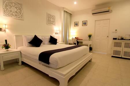 Elegant New Garden View Double Room - Hua Hin - Bed & Breakfast