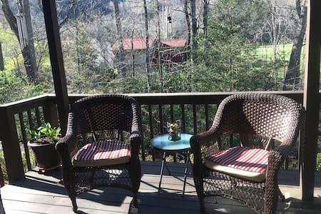 Riverside Villa Retreat - Maggie Valley - Αρχοντικό