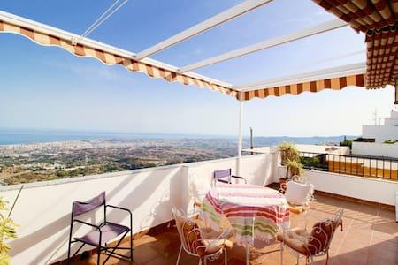 Spanish Village Home with panoramic sea views - Apartemen