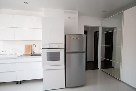 Светлая тихая 3х комн квартира 62м2 - Apartment