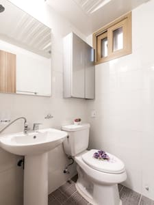 Double Room / only 1min to subway - Dongdaemun-gu - Bed & Breakfast