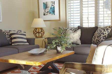 Serene Mountain Cove Condo - Indian Wells - Appartement en résidence