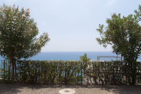Lovely studio overlooking the sea! - Cervo