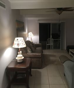 Cozy country cabin-like villa, 1 bedroom, living - Lakeshore