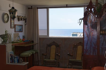 suite with sea view in Hostal Catasus - Szoba reggelivel
