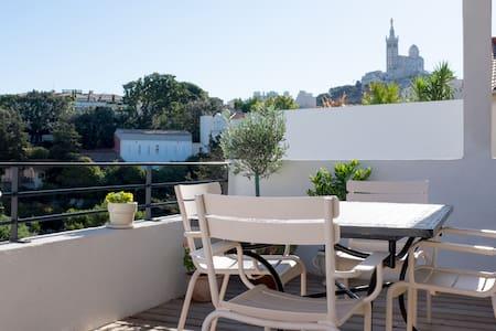 Brand new, near Vieux-Port, terrace - Apartment