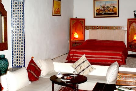 Private suite in a cosy Riad - Bed & Breakfast