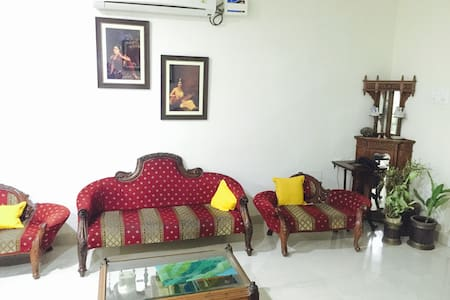 Affordable rooms in a quiet neighborhood - Hyderabad - Huoneisto