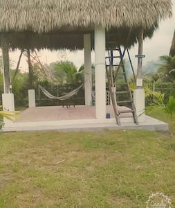 SURF HOUSE BUNGALOW, BEACH FRONT, PERFECT WAVES - El Paredon - Apartamento
