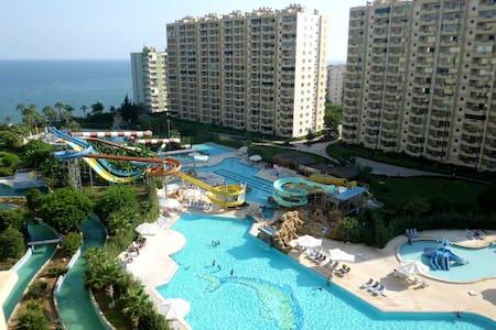 TURKIJE, luxe appartement TE HUUR  - Çeşmeli - Apartamento