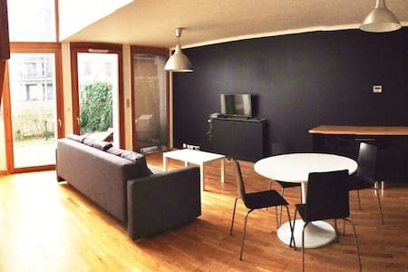 Tours, beautiful duplex loft style whit terrace - Lägenhet