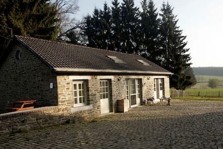 authentieke cottage Ferme de la Hé - Bastogne - Rumah
