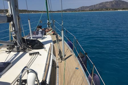 Sailing in the Tuscan islands, Elba and Capraia - Piombino