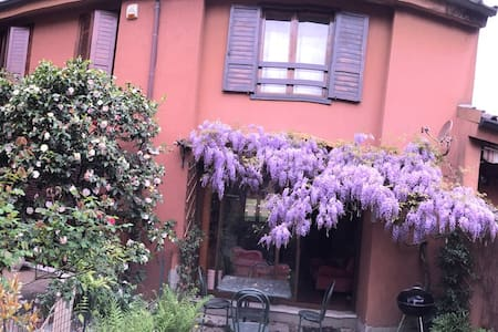 Glycine Villa 30 min from Milan - Arlate - Hus