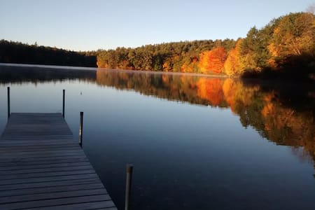 Adam's Lake Cottage Retreat - Bridgton - Cabin