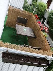 Central and quiet 16sqm room in 2person flat-share - Cologne - Apartment