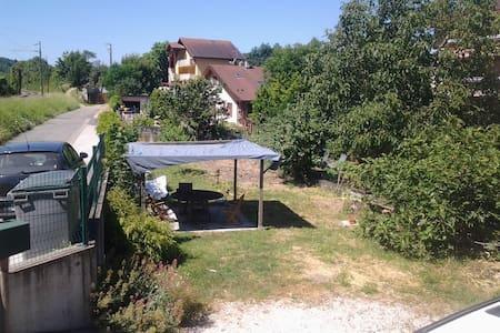 Appart. entre le Saleve et Geneve - Etrembières - Flat