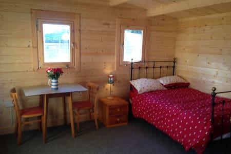 Delightful Log Cabin private garden