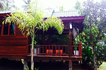 Koh Phangan-BEAUTIFUL Beach house - House
