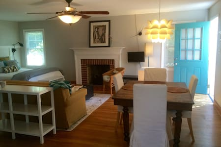 Studio B: Charming & Private, for 2