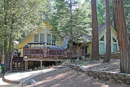 Mountain Getaway - Twain Harte - Cabin