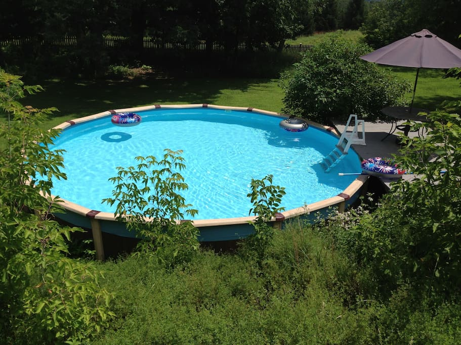 Hills Adda Instant Garden : Tucked amid gardens distant views houses for rent in ghent